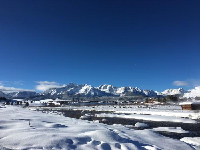 Sawtooth Mountains winter travel Stanley, Idaho, elk