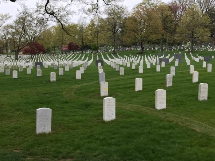 Graves at Arlington places in DC to visit away from the Mall