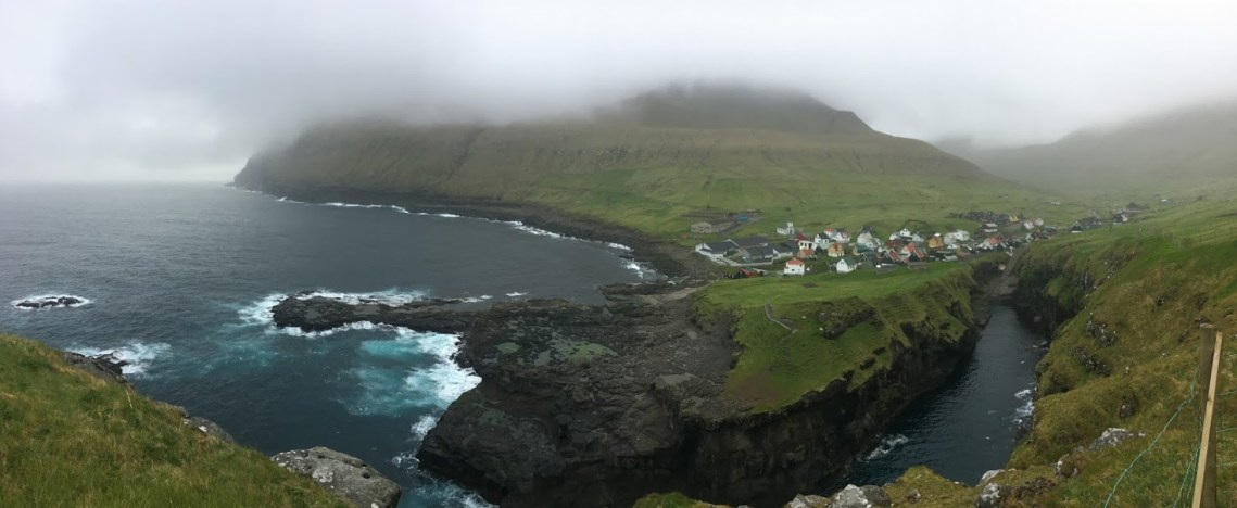 decribe the Faroe Islands Gjógv