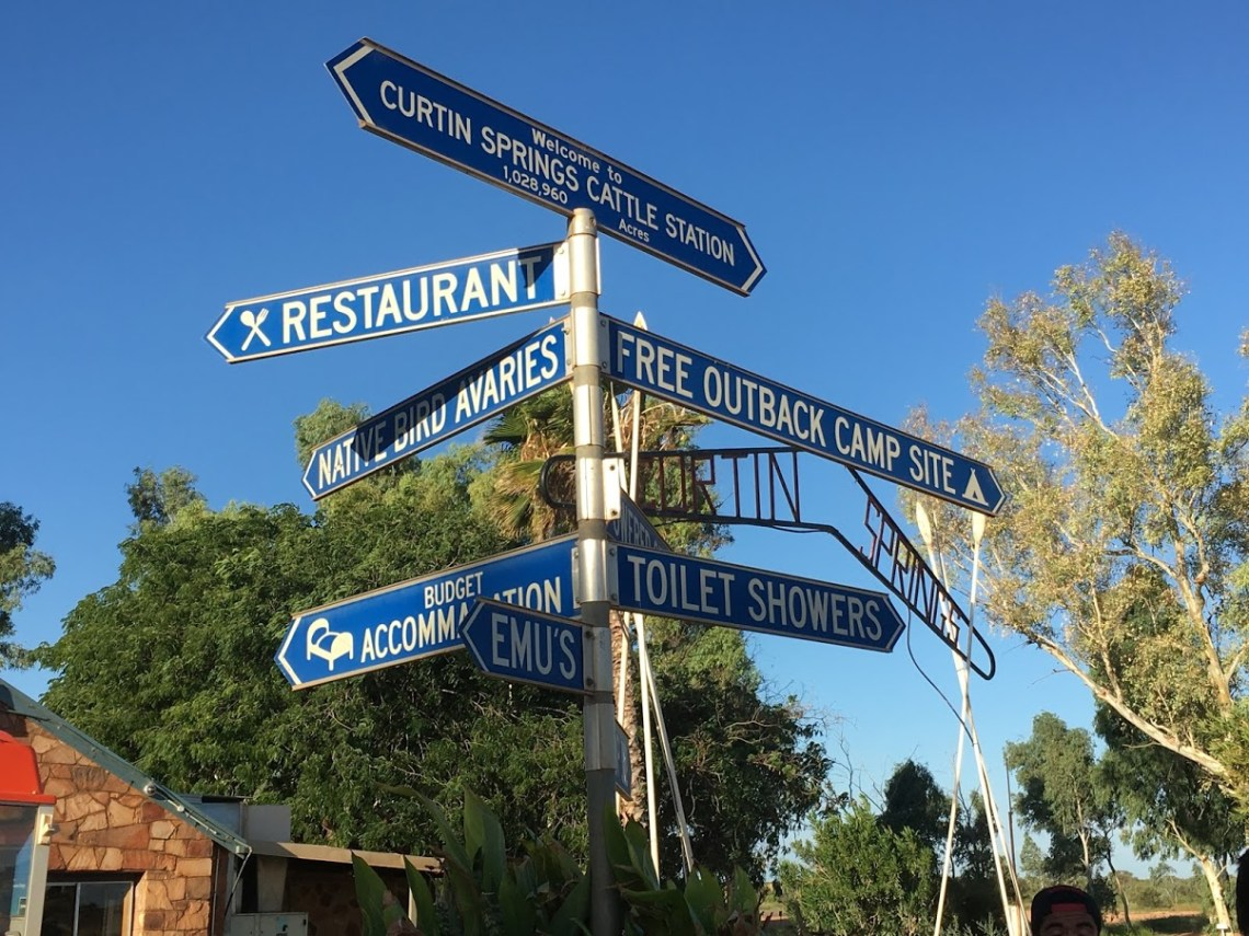 travel signs in Australia