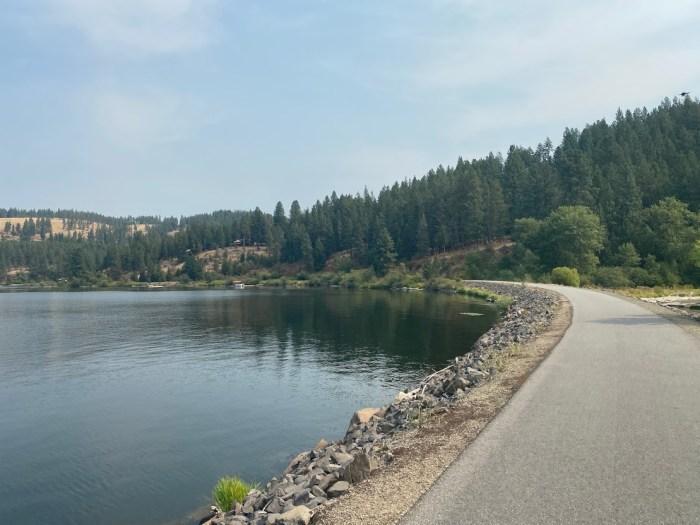 Trail along Lake Coeur d'Alene