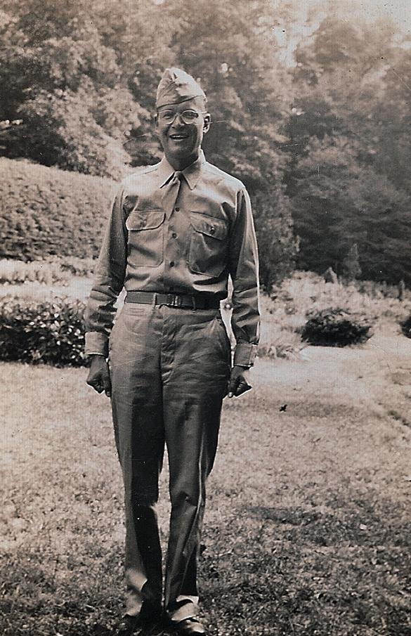 Harry Thomson in army uniform
