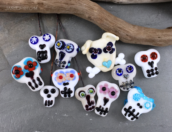 Sugar Skull Beads - free drawing