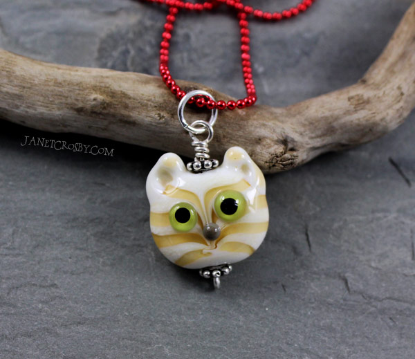 Cream Tabby Cat Necklace