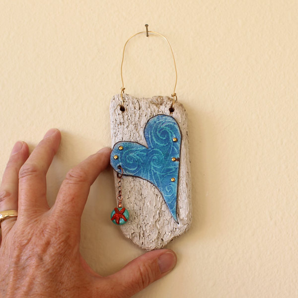 Driftwood Heart Catch A Sea Star by Janet Crosby