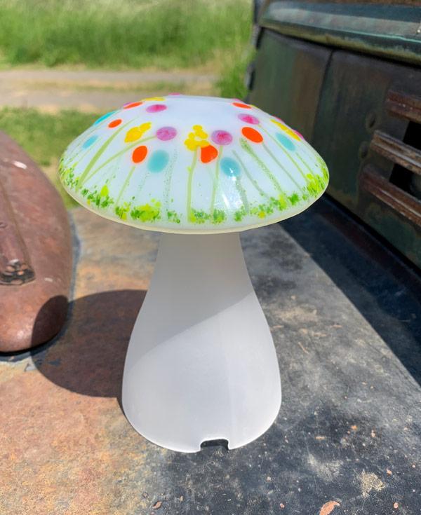 Mushroom Lamp White Wildflowers