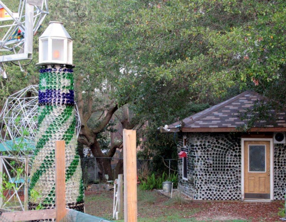 kw bottle house2
