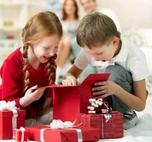 111_00000889f_cebd_orh100000w614_christmas-money-saving-tips-kids