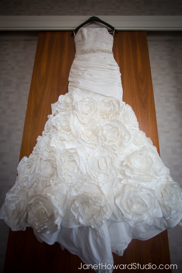 Paloma Blanca wedding gown