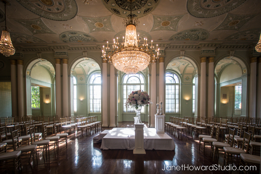 Wedding ceremony in the round at Biltmore Ballrooms