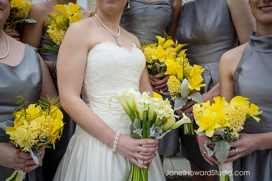 Bride and Bridesmaid bouquets by Bloomin Bouquets
