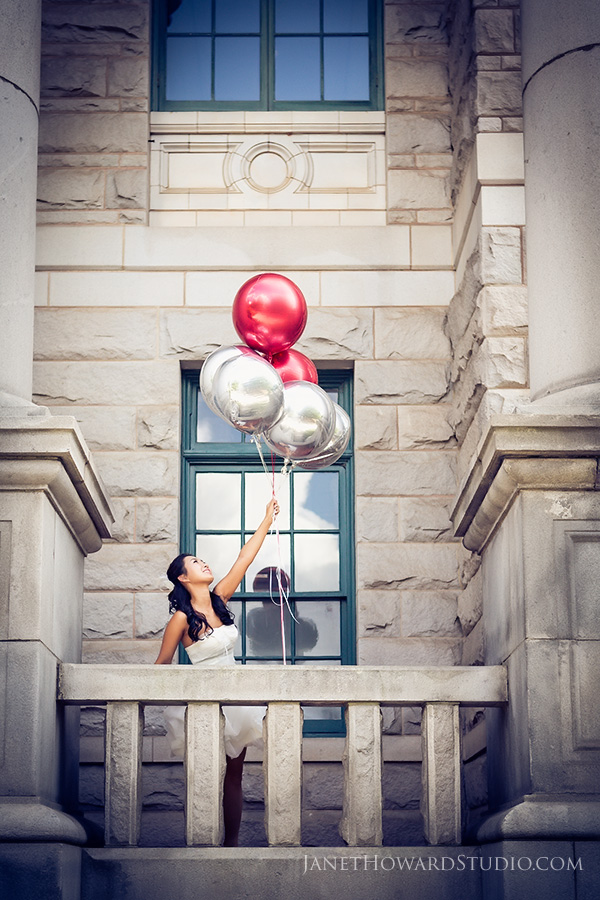 balloons engagement portraits in Decatur Square