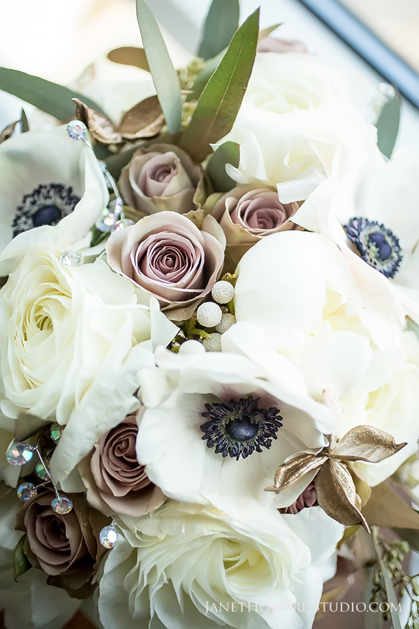 Bridal bouquet by Blooming Bouquets