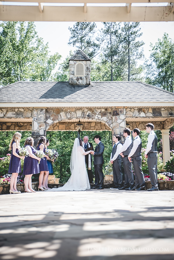 Wedding ceremony at Glendalough Manor