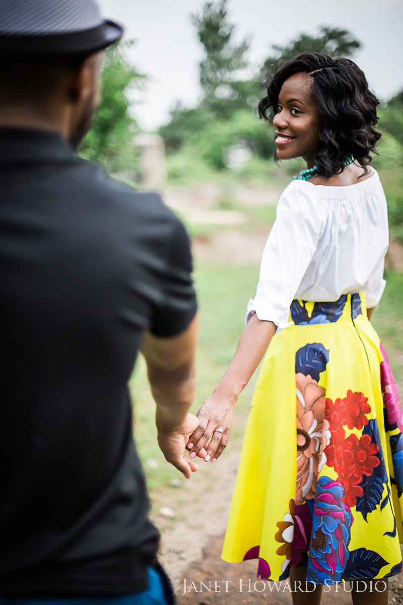 Stylish engagement photos