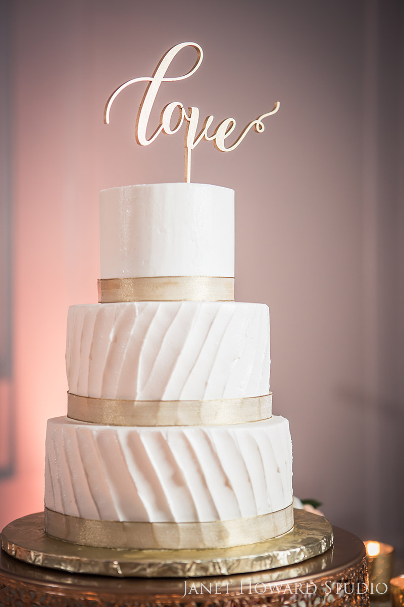 Wedding cake by Perfect Wedding Cake
