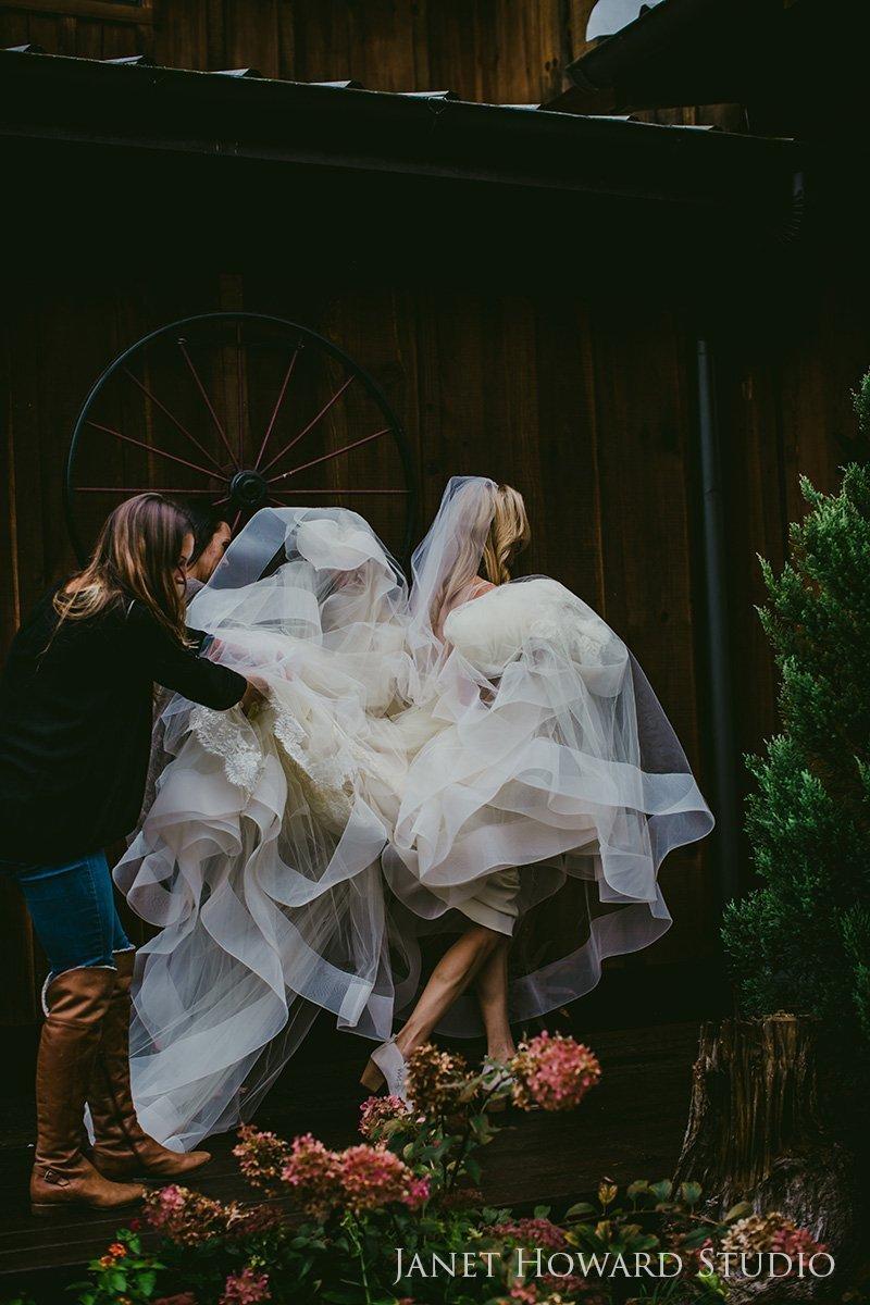 Rainy day bride walk