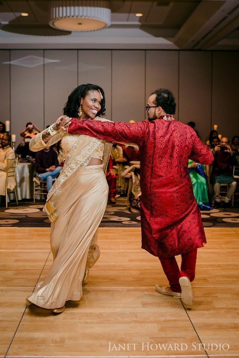 Bride and groom dance at Sangeet