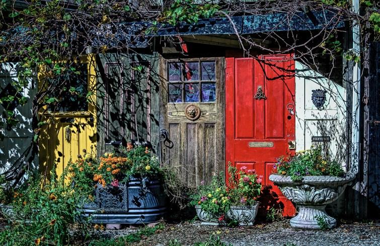 Doors,  Elora,