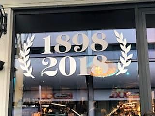 Who You Calling Old?? World's Oldest Vegetarian Restaurant!