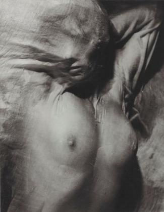 wet-veil-circa-1937-by-erwin-blumenfeld-bhc1273