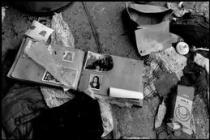 BOSNIA AND HERZEGOVINA. Guca Gora. 1993. Looting.