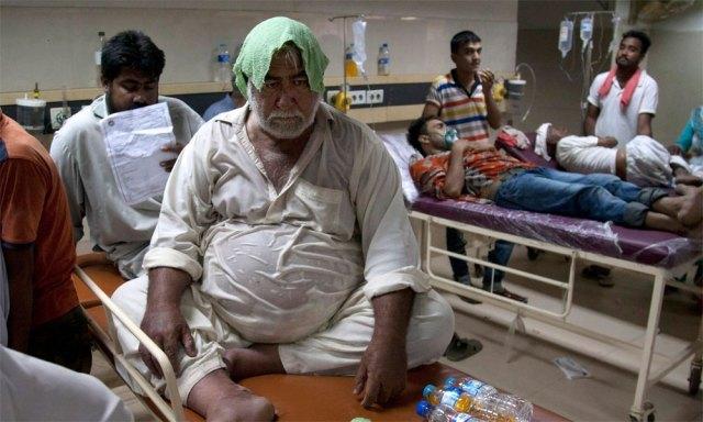 کراچی کے اسپتالوں میں ہیٹ اسٹروک وارڈز کا قیام
