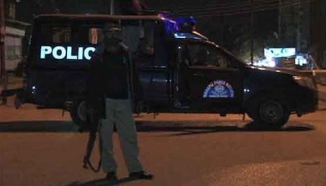 کراچی،تیموریہ تھانے کی حدود میں پولیس مقابلہ