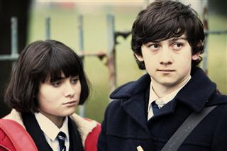 Yasmin Paige & Oliver Tate -Submarine