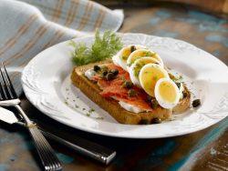 smoked salmon and egg toast