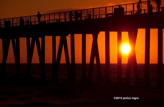 hermosa beach pier 3658 copyright
