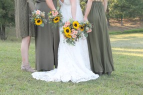 outdoor wedding, sunflowers, lake of the ozark