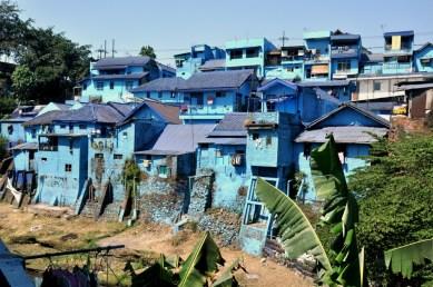 Kampung Warna, Tridi, Jodipan. Różnie nazywany. Kiedyś była to bardzo biedna wioska Jodipan, przyklejona do Malangu. Tak naprawdę, to były slumsy.