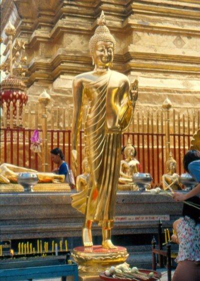 Budda odpychający zło i niebezpieczeństwa.