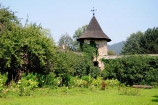Manastirea Moldovita - mury obronne.