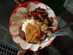Gudek Goreng - specjał tylko w okolicach Yogyakarty, danie z jackfruitem.