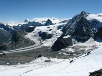 Matterhorn, Pigne d'Arolla i Mont Blanc de Cheilon.