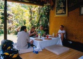 Ubud, Wayan Cafe...