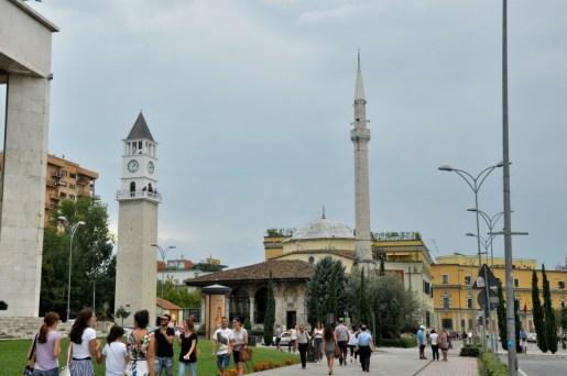 Meczet Hadżi Ethem Beja z XVIII w. W czasach reżimu Hodży dostępny był tylko dla gości zagranicznych. No w końcu Albania była krajem ateistycznym, więc po co Albańczykom meczet!