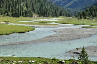 Rozlewisko rzeki Karakol.