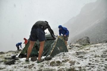 Ostatecznie sypnęło i śniegiem, a temperatura... wiecie, jak było - porywisty wiatr i nagłe zlodowacenie.