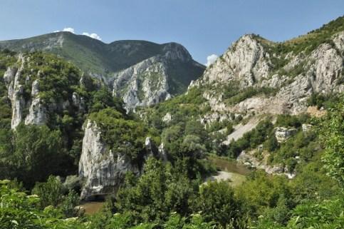 """Jak podaje wikipedia: """"wśród rzek Bułgarii Iskyr jako jedyny zachował swój pierwotny kierunek mimo wypiętrzenia łańcucha Starej Płaniny""""."""