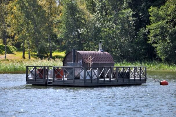Duma Finlandii - pływająca sauna.