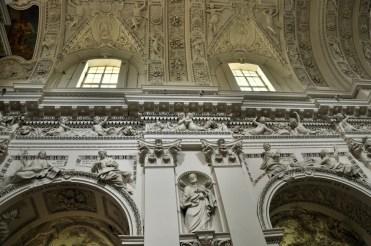 Wybudowany z inicjatywy hetmana litewskiego Michała Kazimierza Paca w XVIIw. Jedna z hipotez mówi o wzniesieniu świątyni jako podziękowanie za pokonanie Rosji i oswobodzenie Wilna.