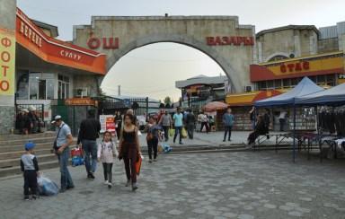 Najsłynniejszy bazar Biszkeku: Osz Bazar.