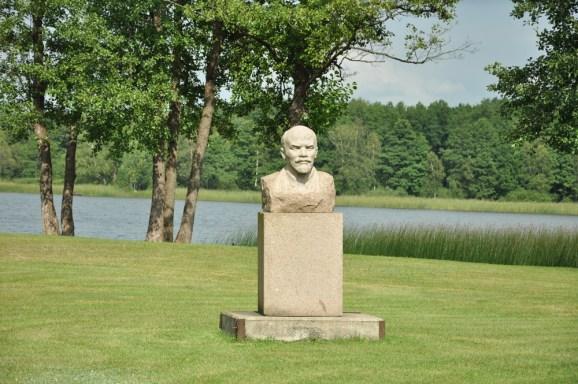 Teraz inna bajka: Grutas Park w Grutas (Dzukijski Park Narodowy, południowa Litwa).