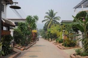 Nasza uliczka (w stronę Mekongu).