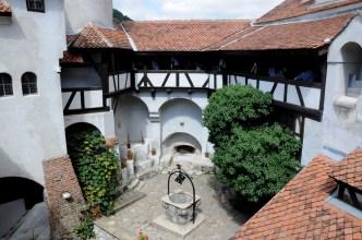 Za słodki jest zamek Bran, by mieszkał w nim Wlad Palownik vel Drakula.