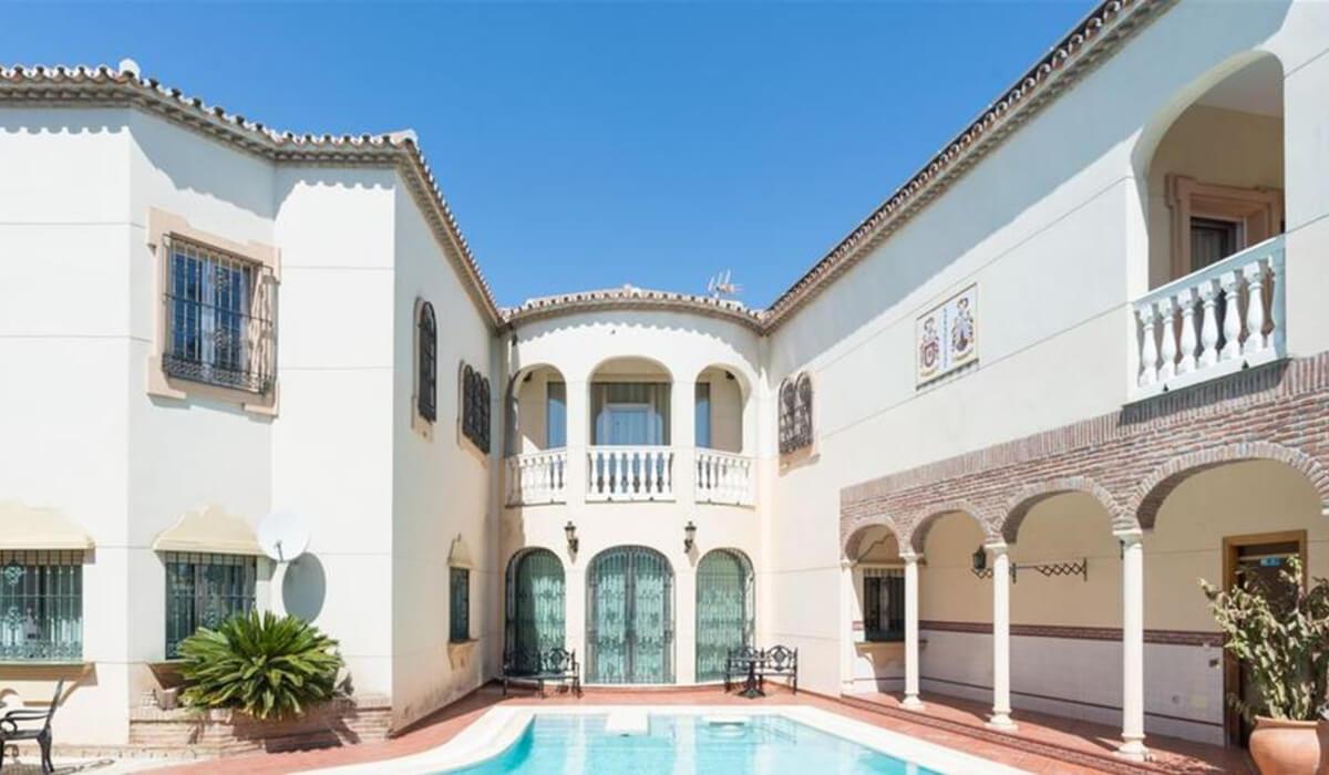 منازل فخمة لقضاء عطلة مميزة في سان جيوفاني الإيطالية