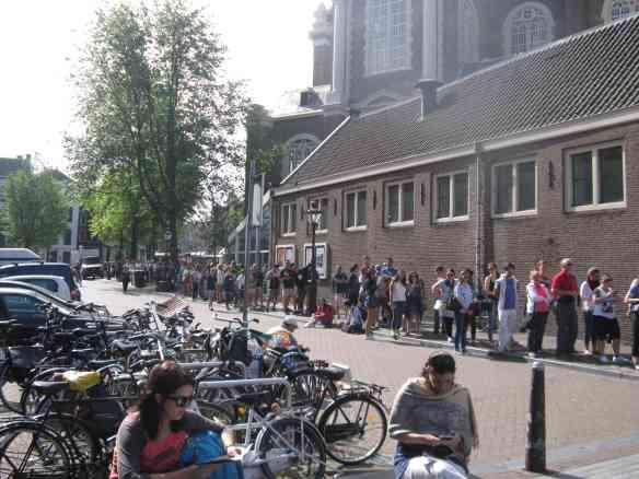 Schlange Anne-Frank Haus